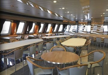 ld_lines_norman_voyager_wine_and_dining